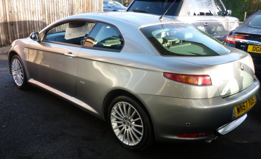 ALFA ROMEO GT LUSSO 1.9 JTD COUPE ONLY 68,000 MILES – 57 PLATE