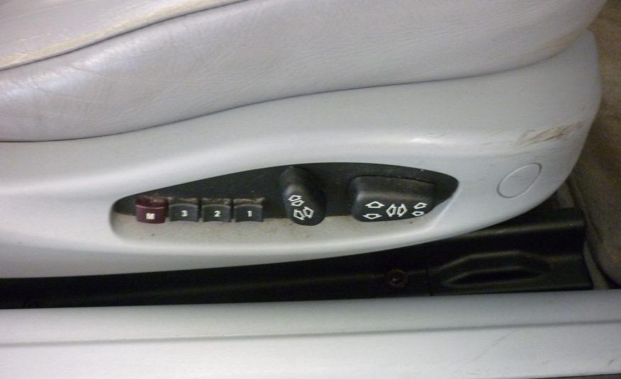 BMW 318Ci AUTOMATIC CONVERTIBLE – 03 PLATE